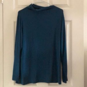 NWT plus size 0X mock/low turtleneck shirt